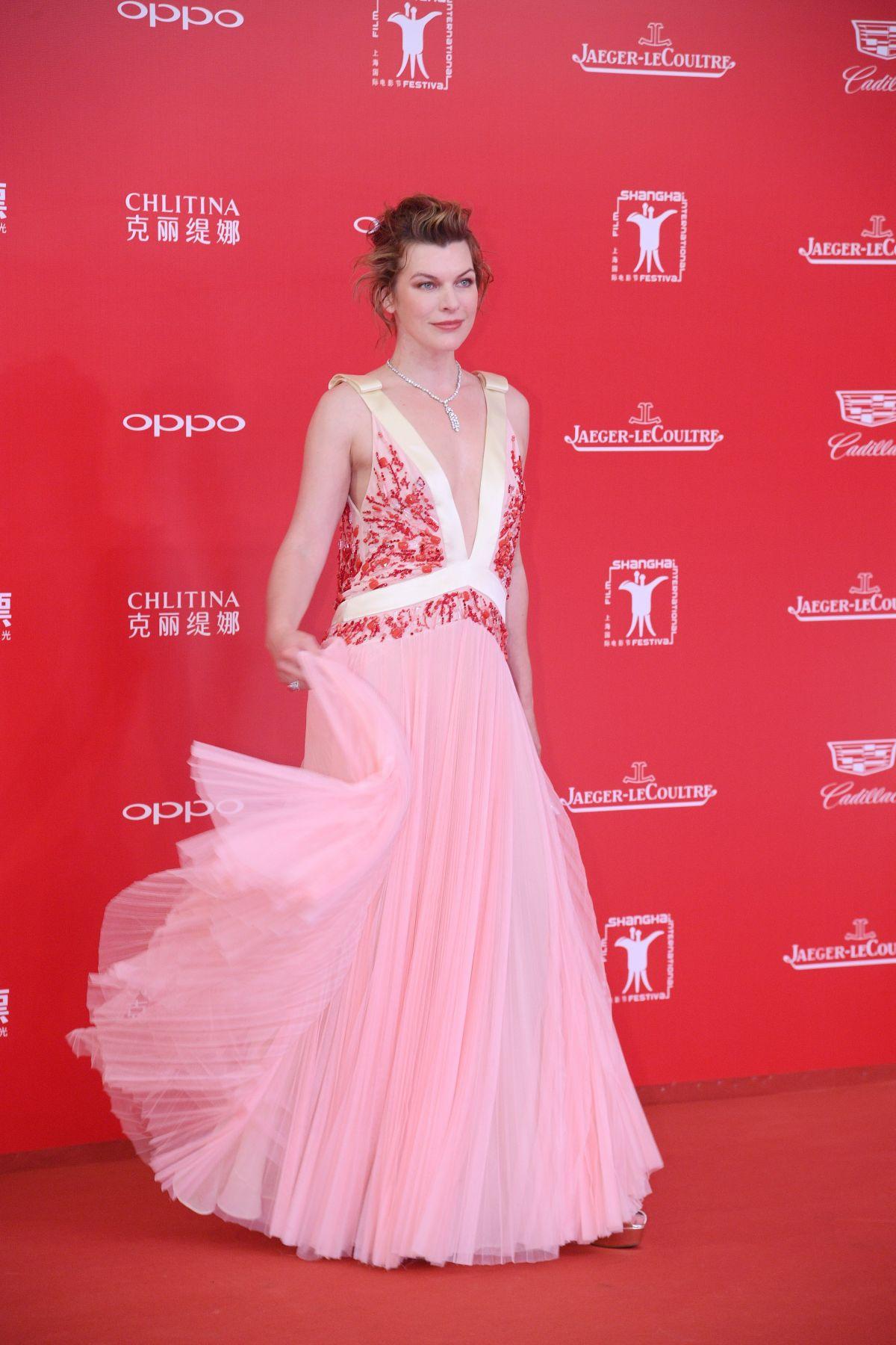 milla-jovovich-at-shanghai-international