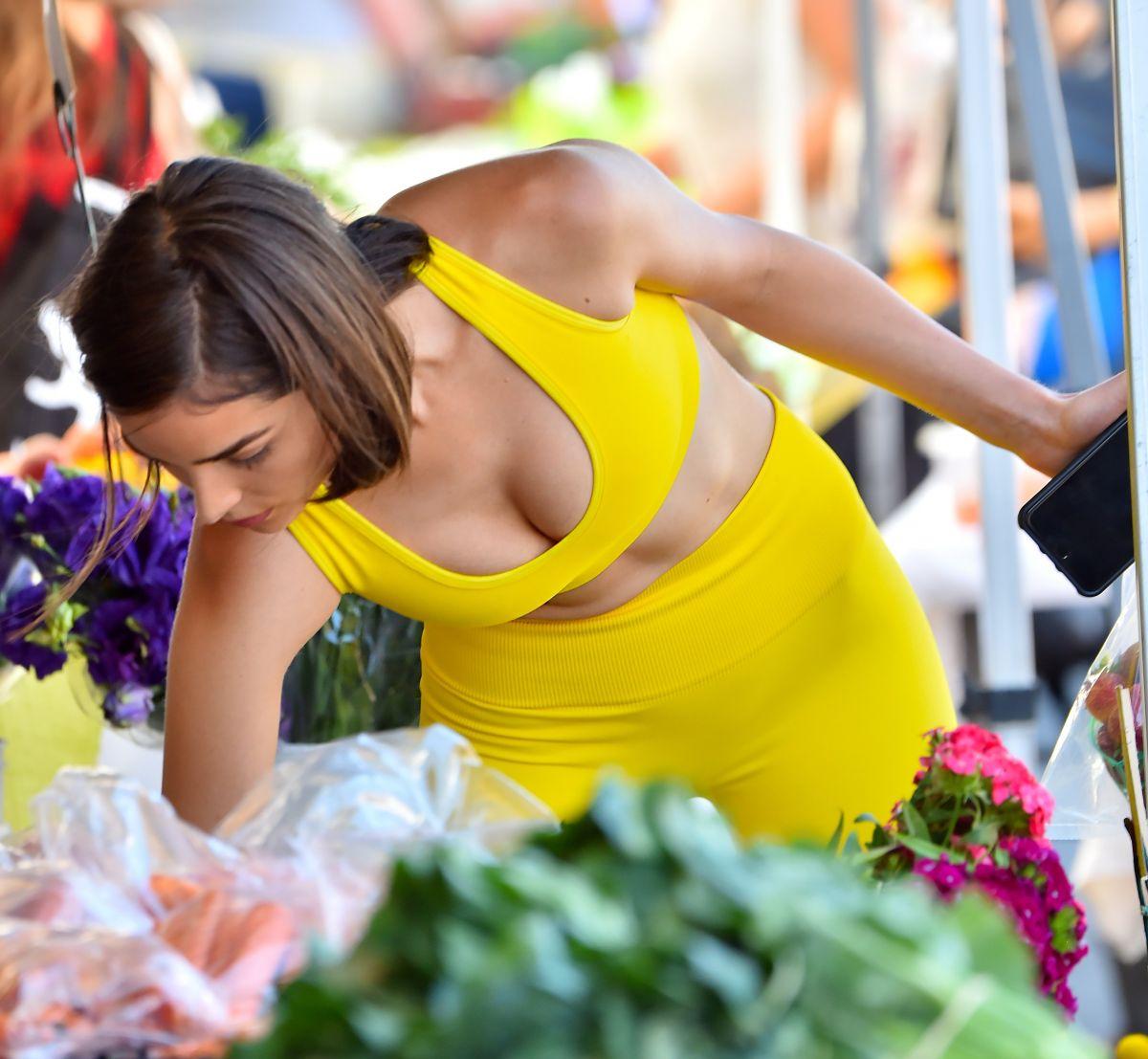 OLIVIA CULPO Shopping at Farmer