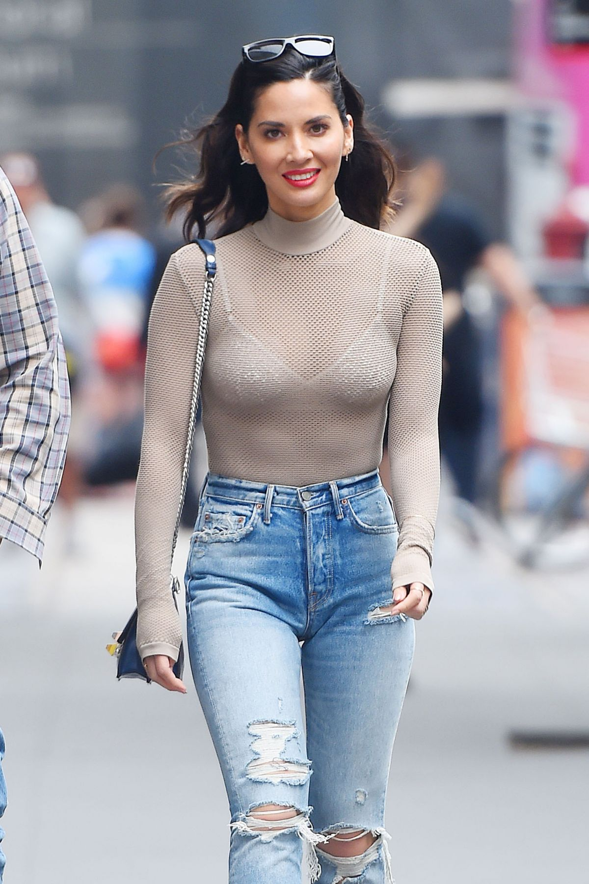 OLIVIA MUNN in Jeans Out and About in New York 06/16/2017