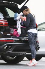REESE WITHERSPOON Arrives at Yoga Class in Los Angeles 06/05/2017