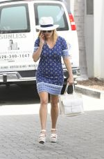 REESE WITHERSPOON Out and About in Los Angeles 06/23/2017