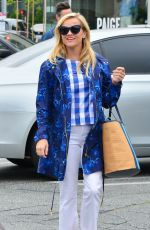 REESE WITHERSPOON Out and About in Santa Monica 06/08/2017