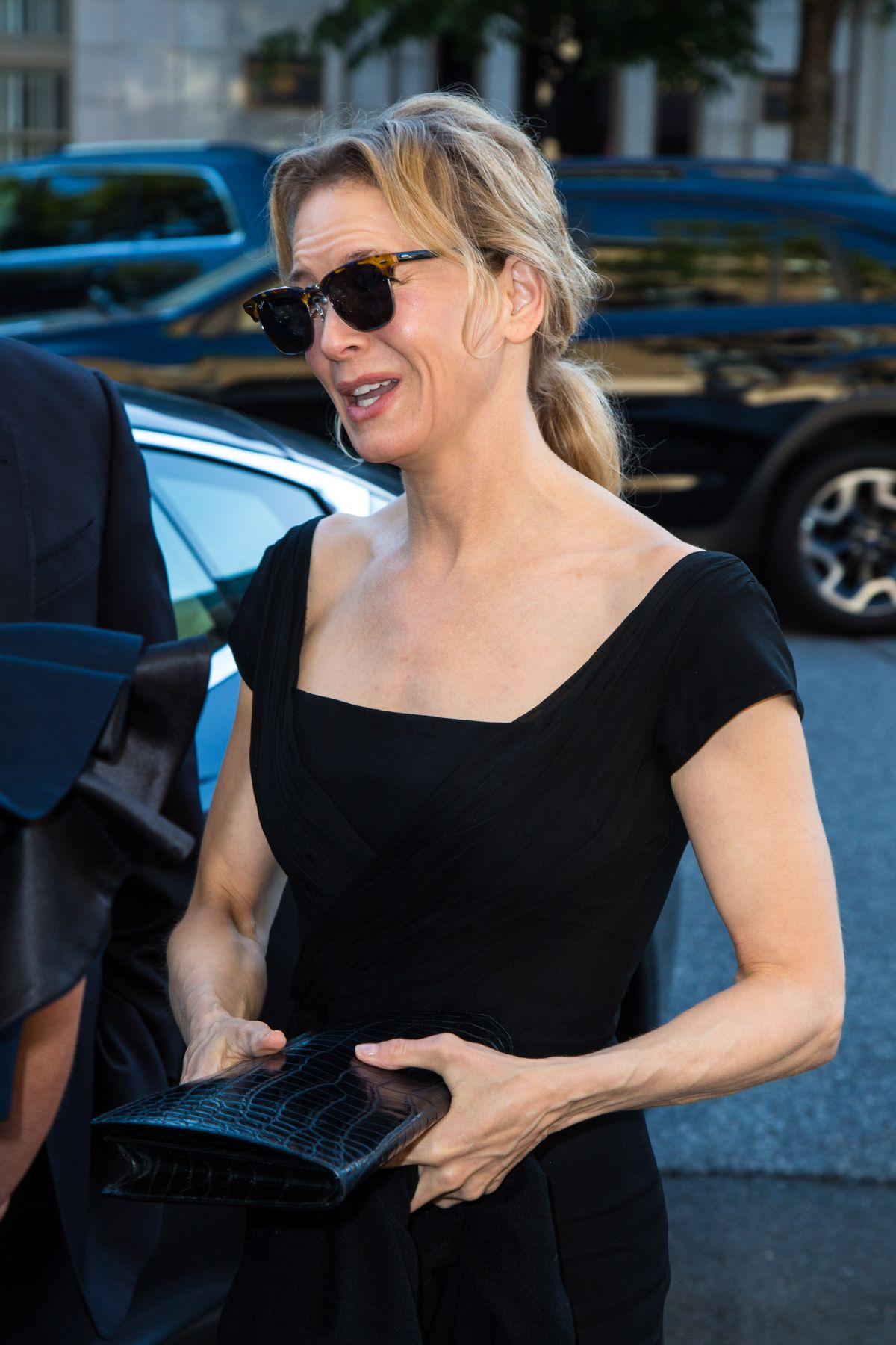 RENEE ZELLWEGER at Changemaker Honoree Gala in Connecticut ...