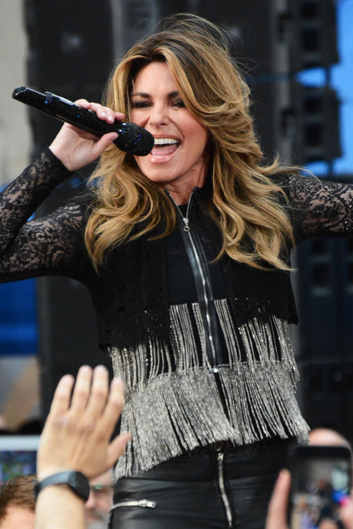 SHANIA TWAIN Performs at Today Show Concert Series in New York 06/16/2017