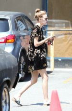 TALLULAH WILLIS Out for Lunch at Oaks Gourmet Market in Los Angeles 06/19/2017