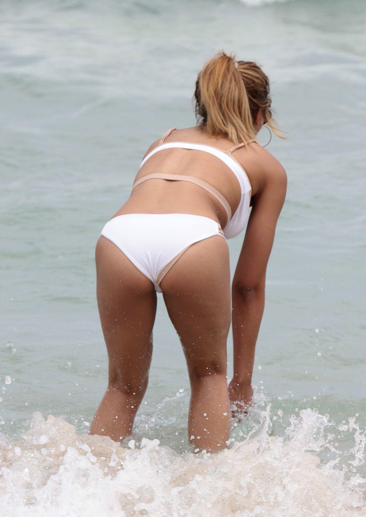 foto Tinashe miami in white bikini miami beach