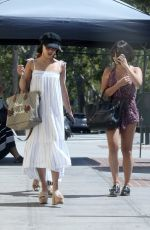 VANESSA and STELLA HUDGENS Out for Lunch in Los Angeles 06/17/2017