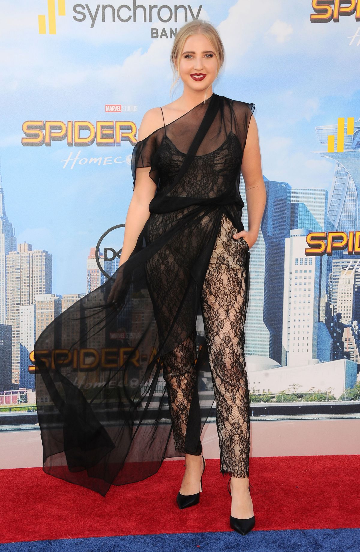 Veronica Dunne At Spiderman Homecoming Premiere In Los