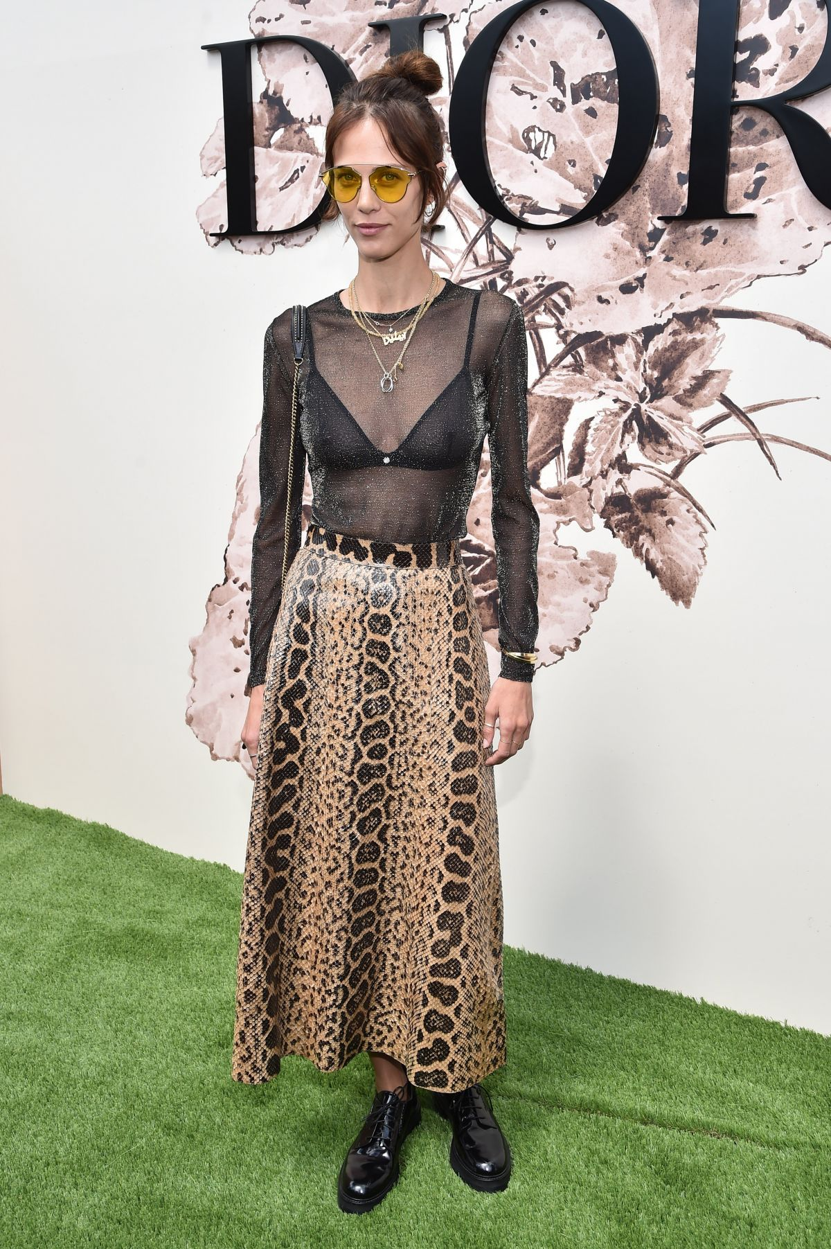 Aymeline valade at christian dior show at haute couture for Haute couture week