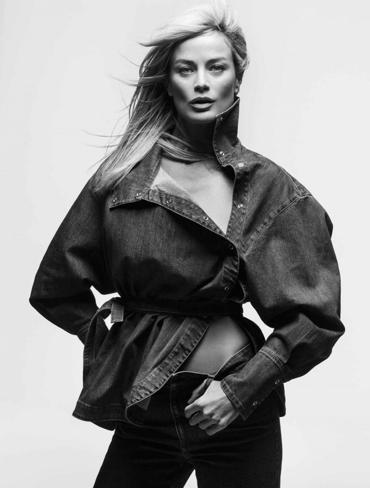 CAROLYN MURPHY for Vogue Magazine, UK July 2017