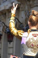 CELINE DION Leaves Her Hotel in Paris 07/08/2017