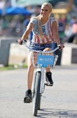 CJ PERRY Out and About in Venice Beach 07/04/2017
