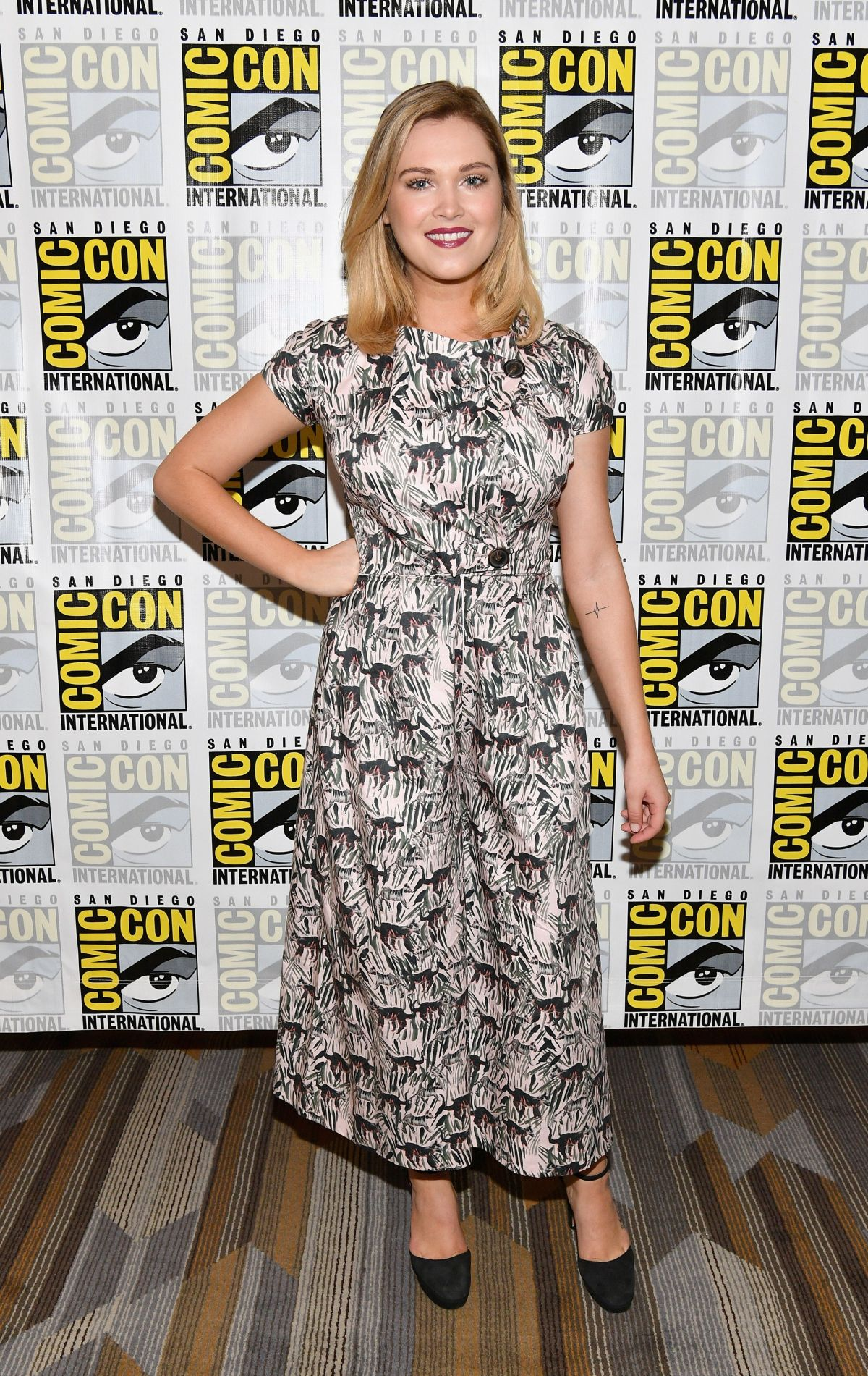 ELIZA TAYLOR at The 100 Press Line at Comic-con in San Diego 07/21/2017