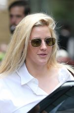 ELLIE GOULDING Out and About in London 07/12/2017
