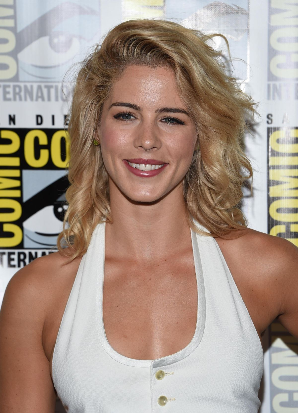 Emily Bett Rickards At Arrow Press Line At Comic Con In San Diego 07