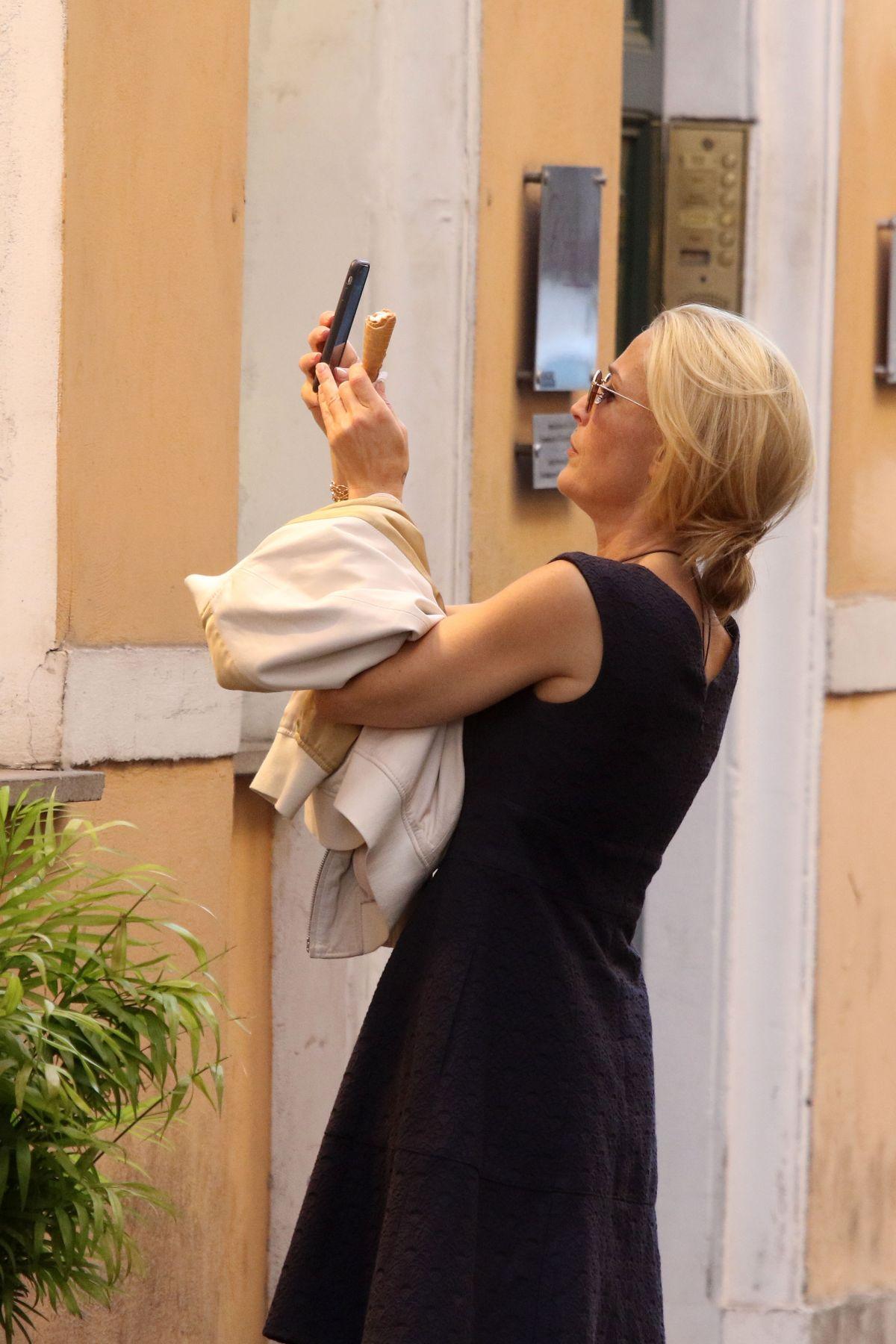 Cleavage Francesca Larrain naked (86 photo), Topless, Leaked, Selfie, bra 2006