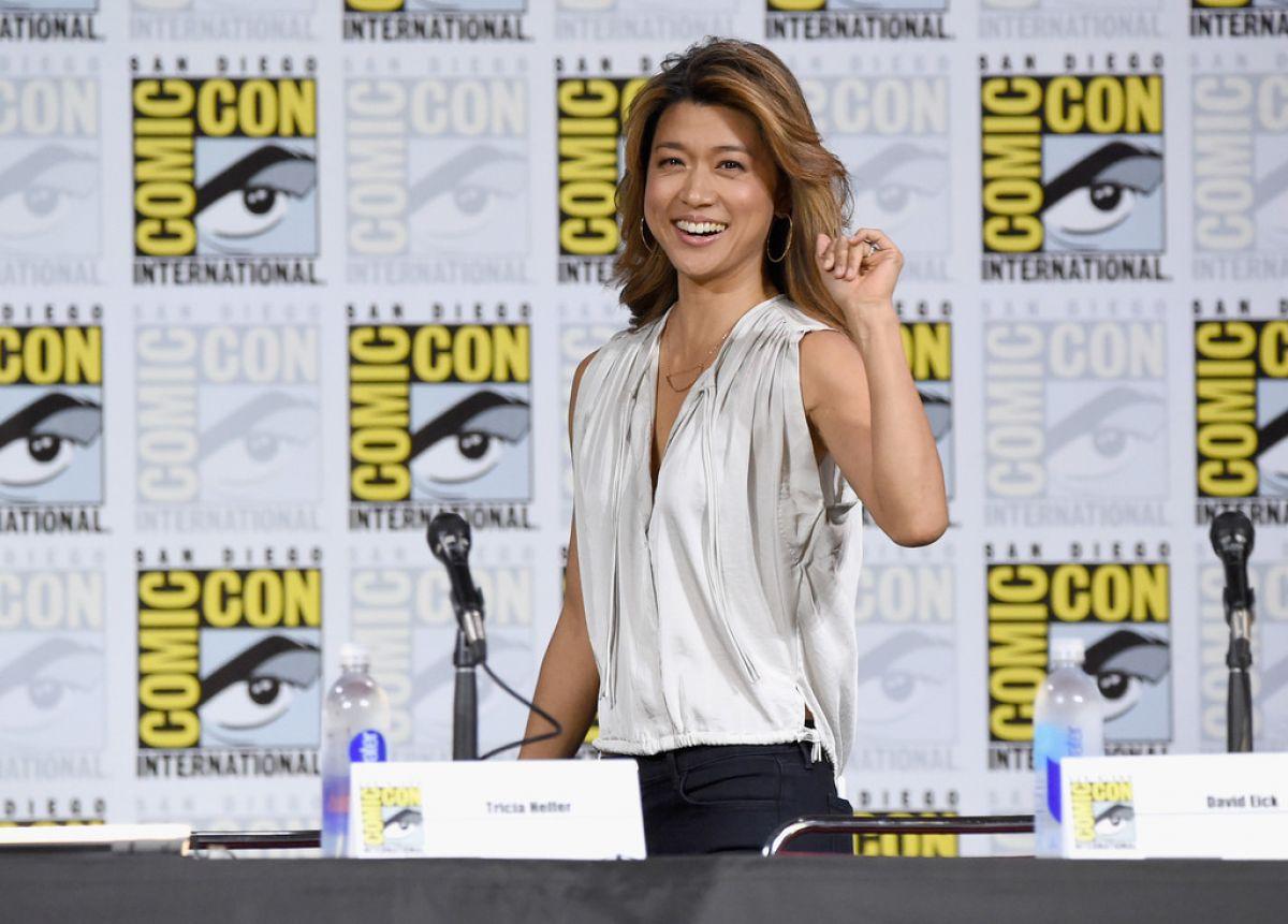 Grace Park At Battlestar Galactica Reunion Panel At Comic Con In Sango