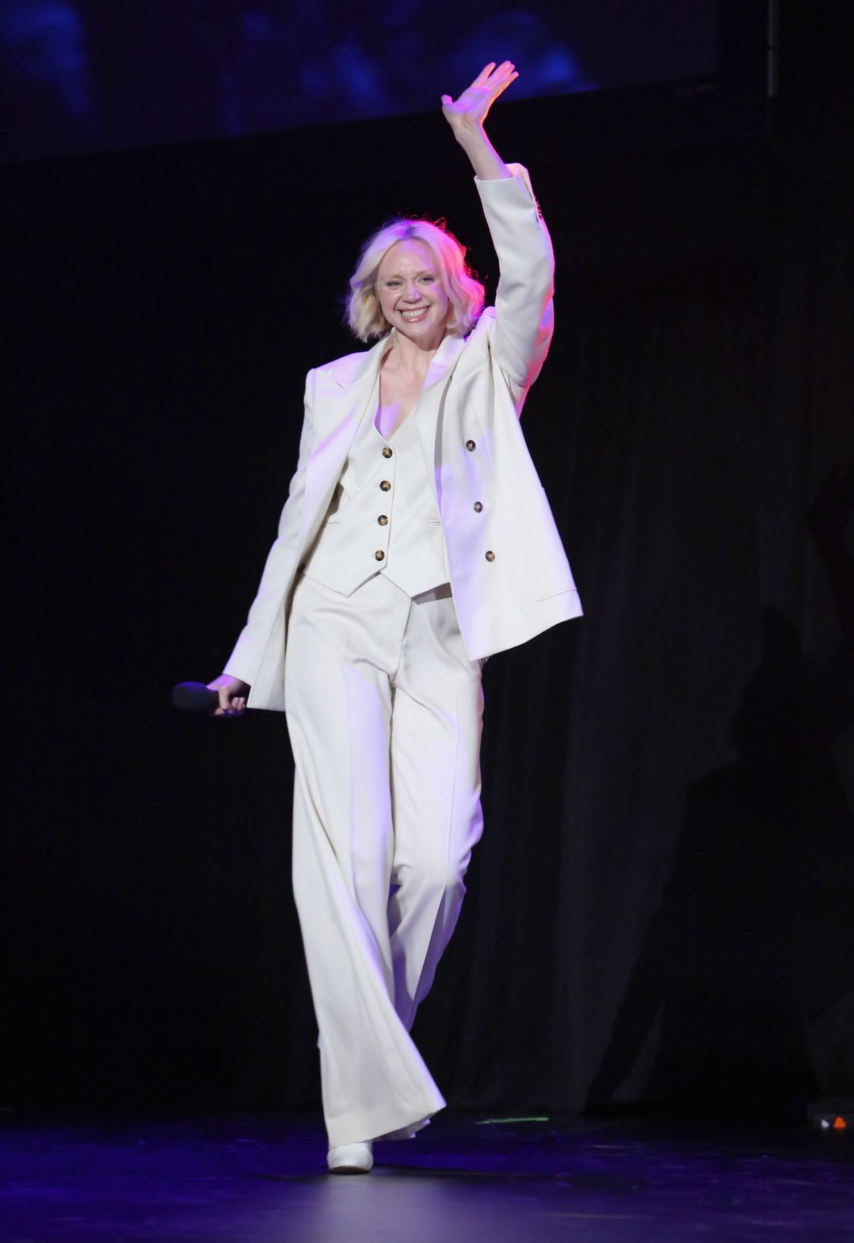 GWENDOLINE CHRISTIE at Disney's D23 Expo 2017 in Anaheim 07/15/2017   gwendoline-christie-at-disney-s-d23-expo-2017-in-anaheim-07-15-2017_3