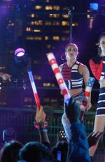 HAILEE STEINFELD Performs at Macy