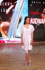 HALLE BERRY on the Set of Despierta America in New York 07/24/2017