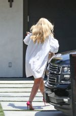 IGGY AZALEA Out and About in Los Angeles 07/16/2017
