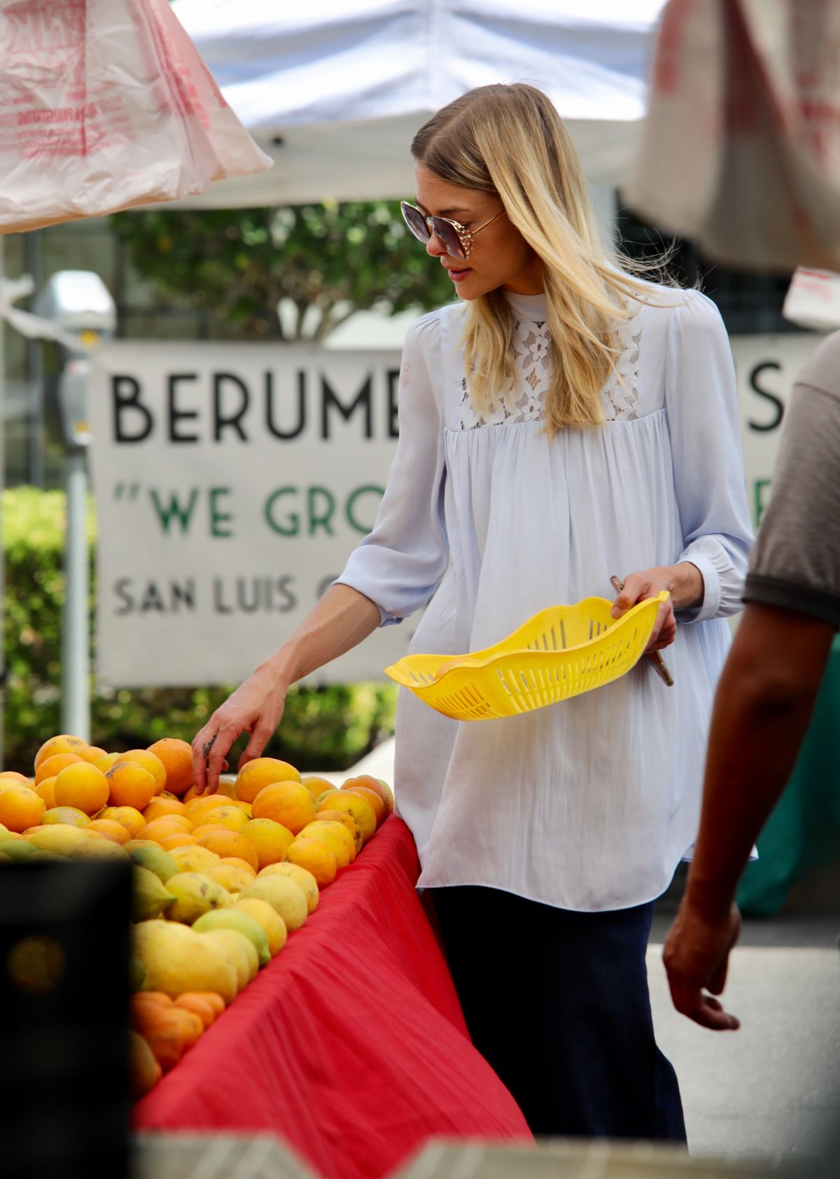 JAIME KING Shopping at Farmers Market in Los Angeles 07/16/2017