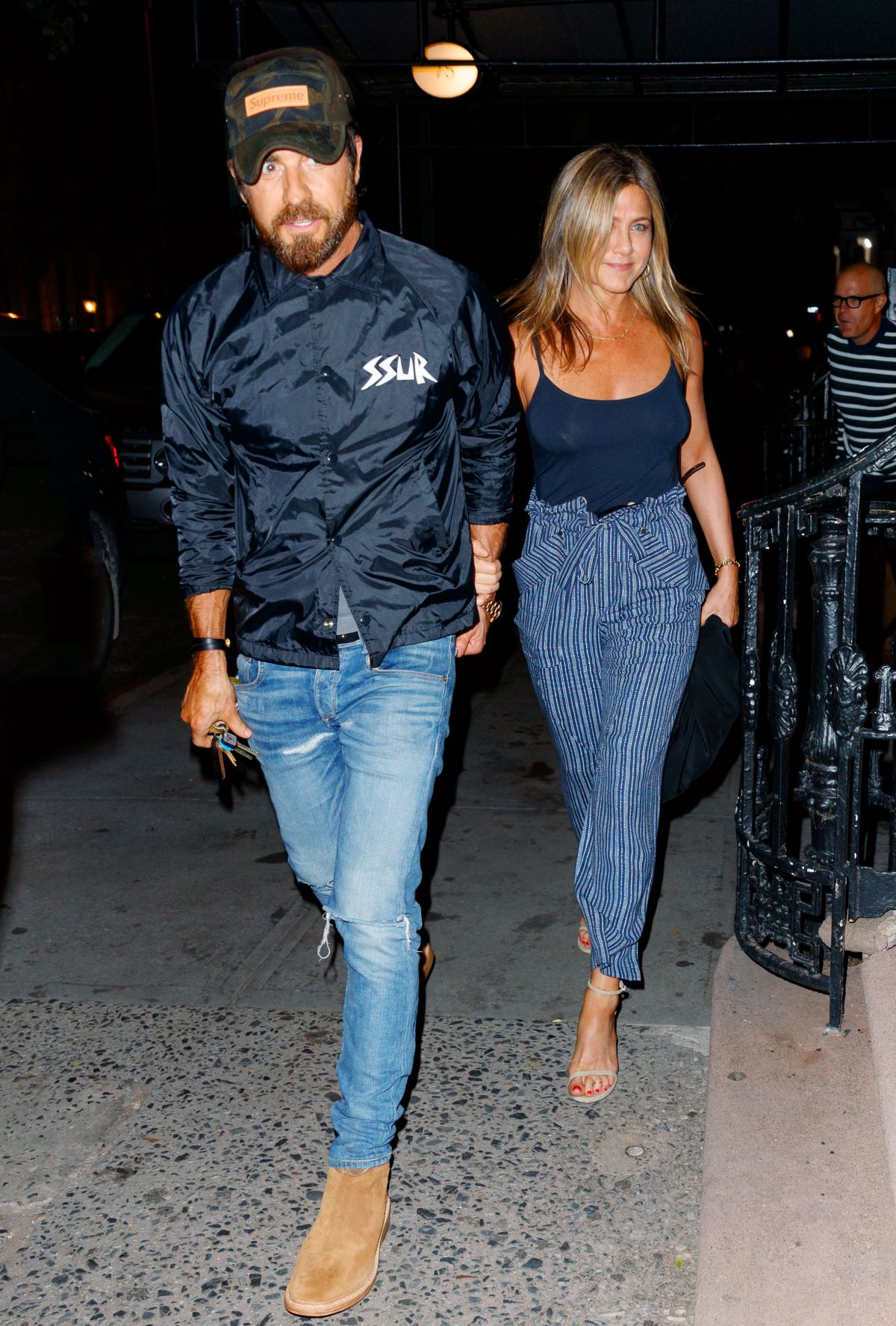 Jennifer Aniston At Blue Hill Restaurant In New York 07 17