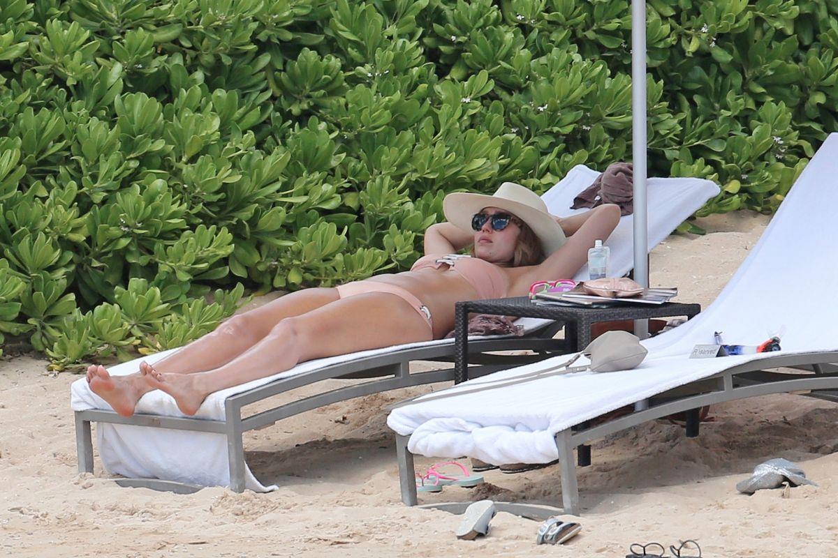 JESSICA ALBA in Bikini on the Beach in Honolulu 07/15/2017