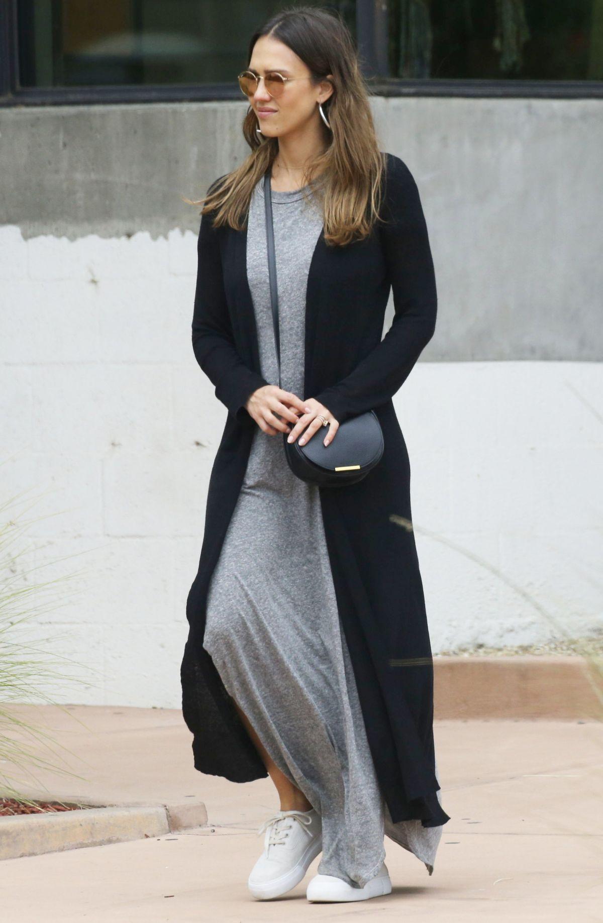 Jessica Alba Out And About In Malibu 07 01 2017 Zune2016