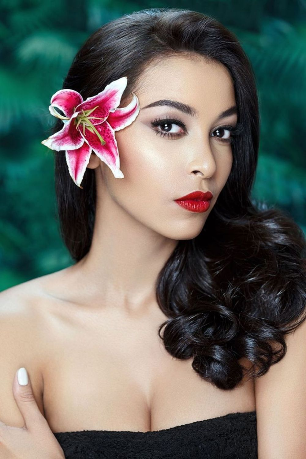 JULIANNE BRITTON - Miss World Panama 2017 Photoshoot