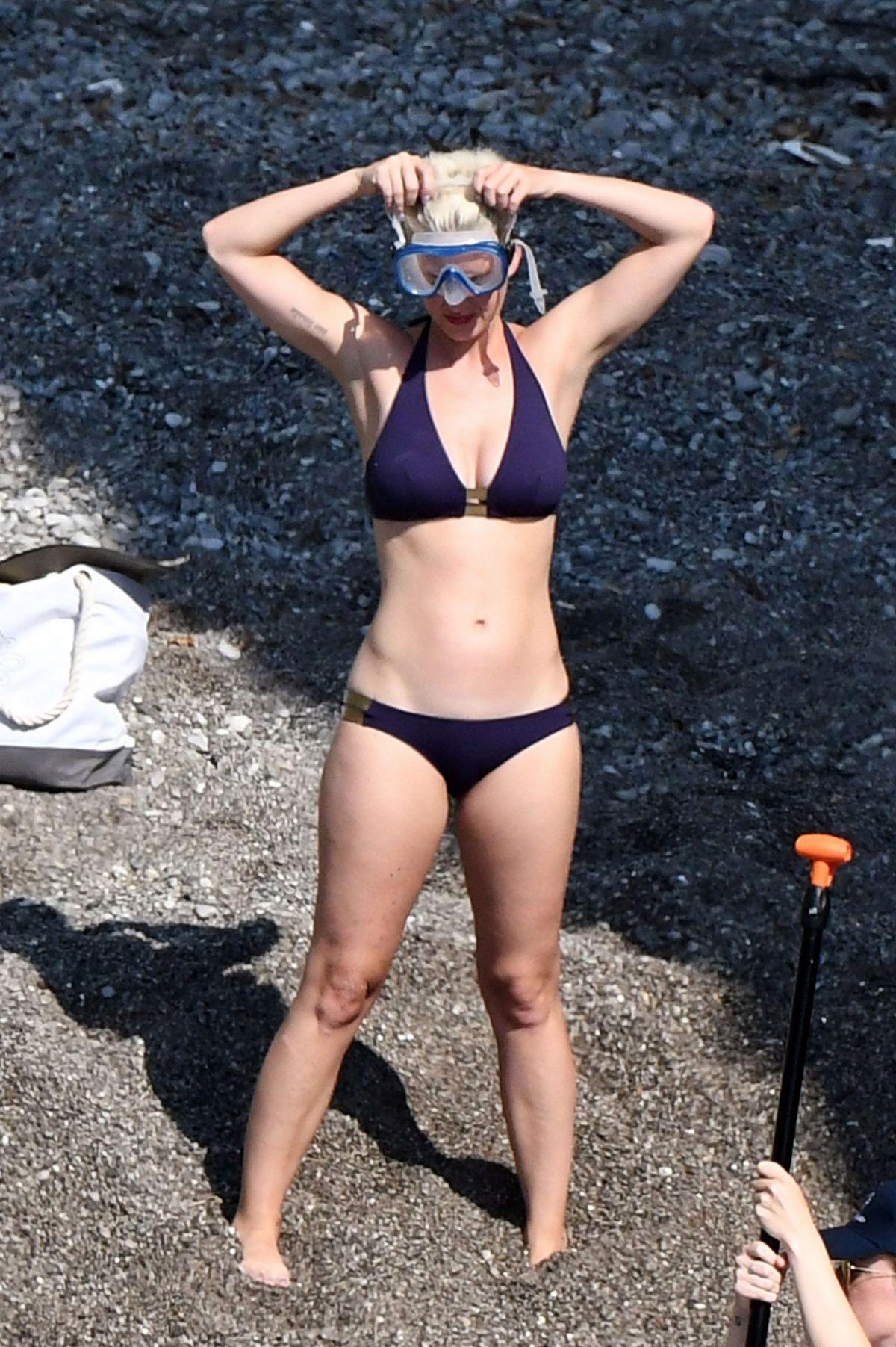 Katy Perry Bikini 42