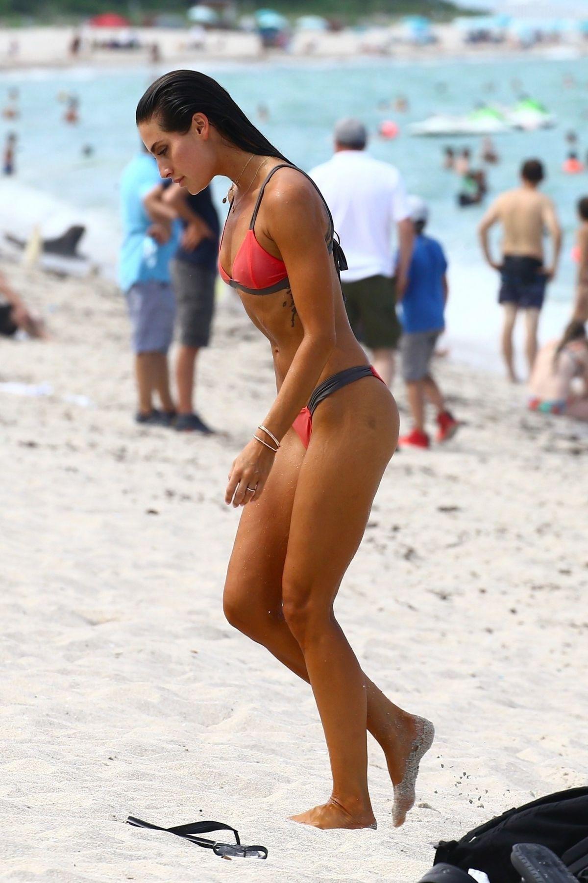 Bikini Kaylee Ricciardi nudes (98 foto and video), Topless, Is a cute, Feet, legs 2019
