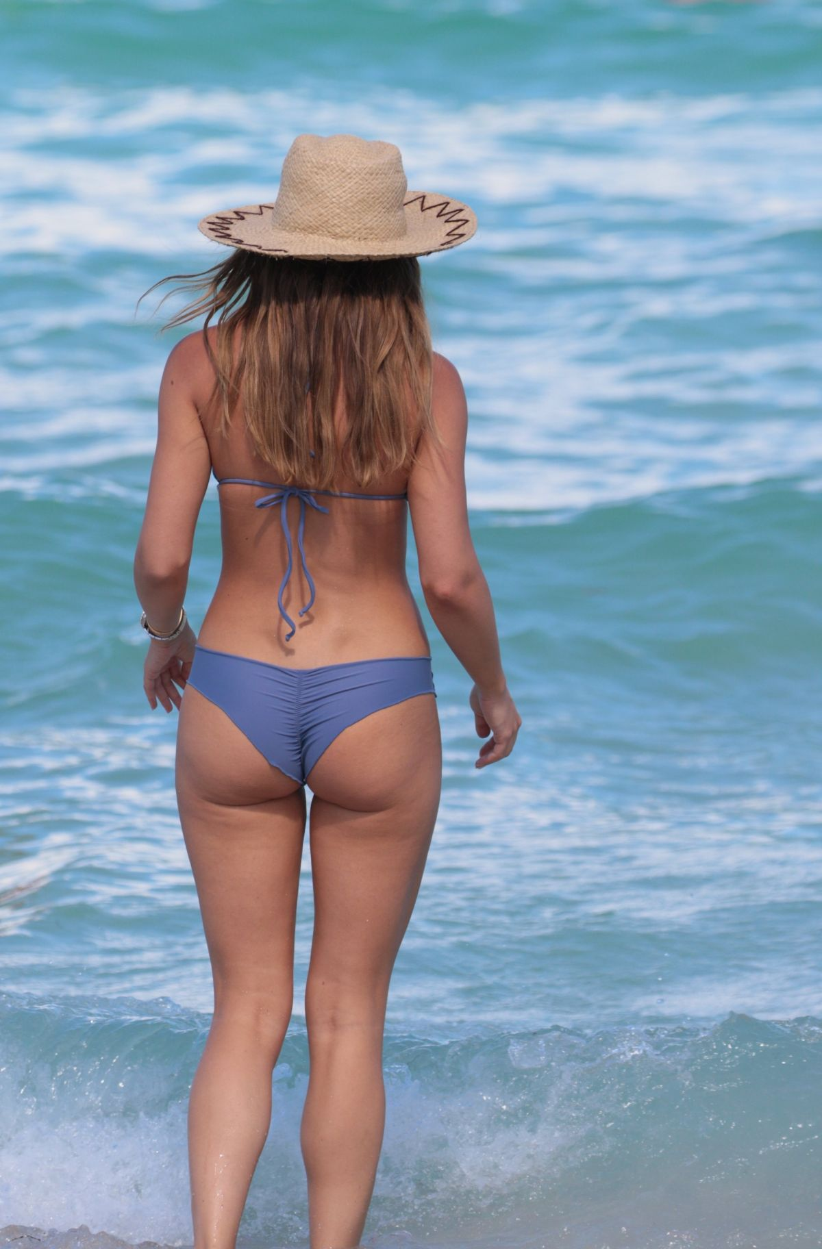 Keleigh Sperry in Bikini on the beach in Mexico Pic 12 of 35