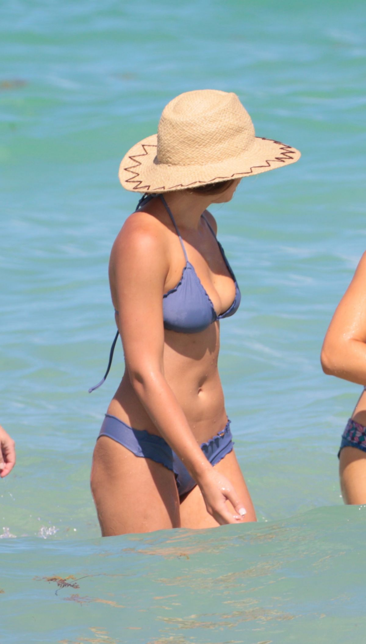 Keleigh Sperry in Bikini on the beach in Mexico Pic 6 of 35