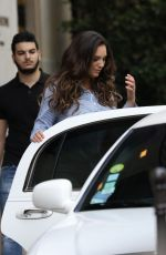 KELLY BROOK Leaves Her Hotel in Paris 07/11/2017