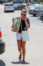 LEA MICHELE Shopping at Whole Foods in Los Angeles 07/06/2017