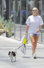 LINDSEY VONN Out Sshopping with Her Dog in Beverly Hills 07/09/2017