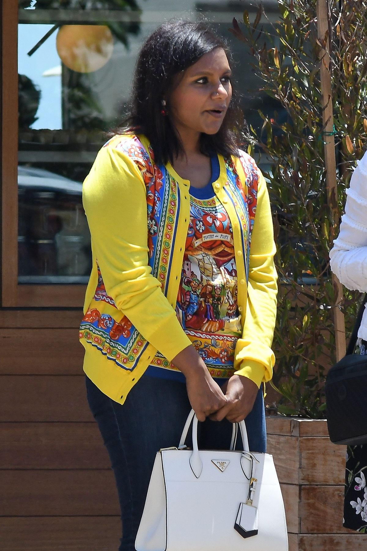 MINDY KALING Picks Up Her Car in Malibu 07/02/2017