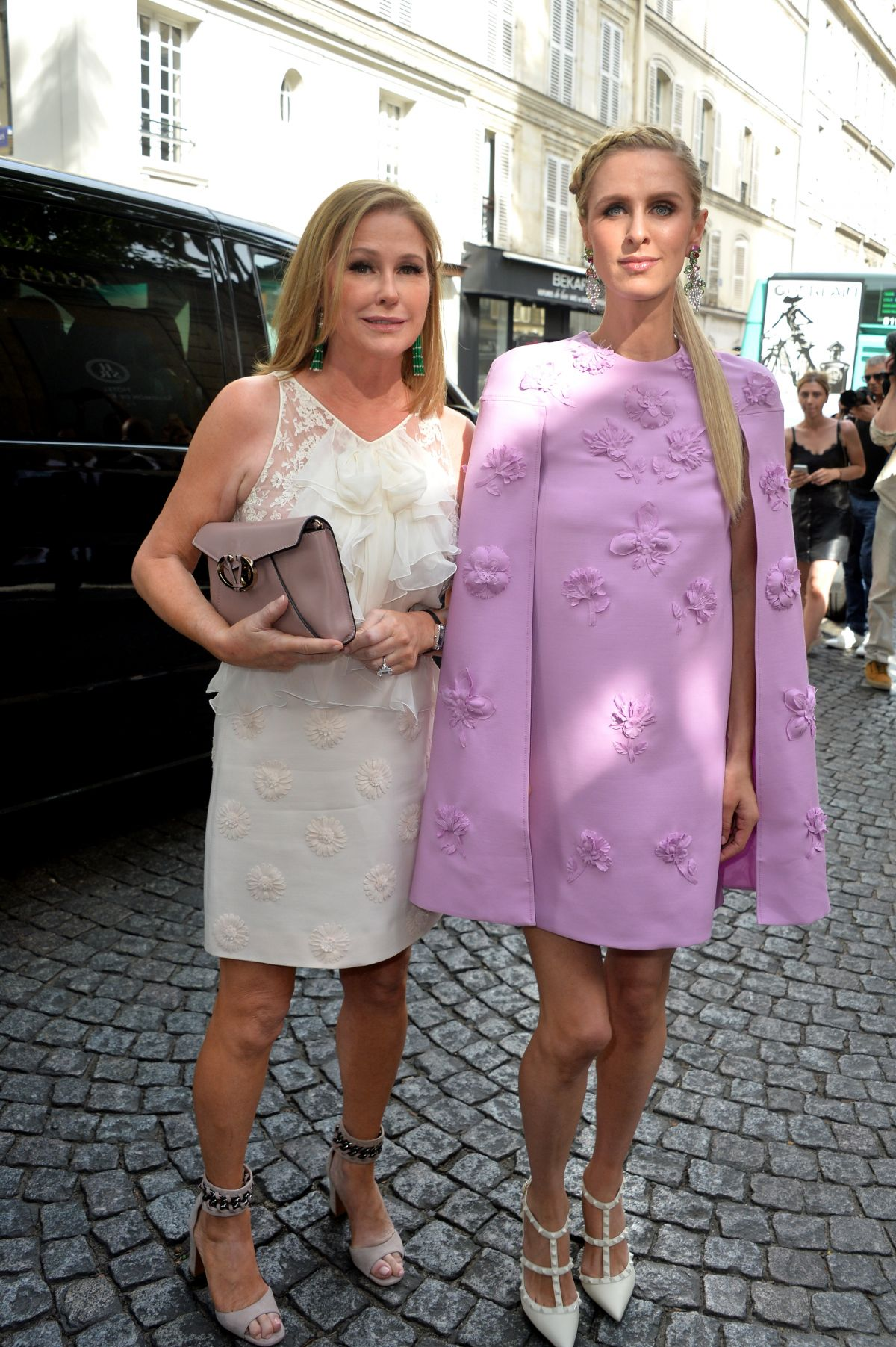 NICKY and KATHY HILTON Out in Paris 07/05/2017