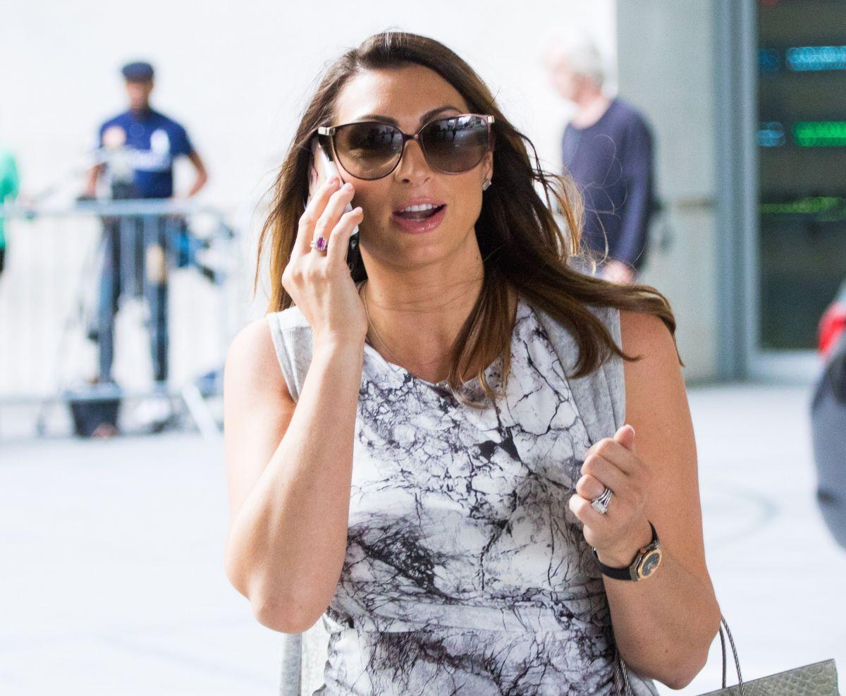 Luisa Zissman   pregnant luisa zissman leaves bbc studios