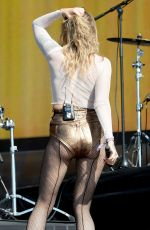 TOVE LO Performs at British Summer Time Festival in London 07/02/2017