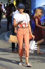 WILLA HOLLAND Shopping at The Grove in Hollywood 07/05/2017