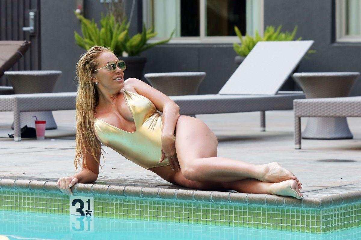 Bikini Aisleyne Horgan-Wallace nude (63 photos), Topless, Sideboobs, Feet, braless 2006