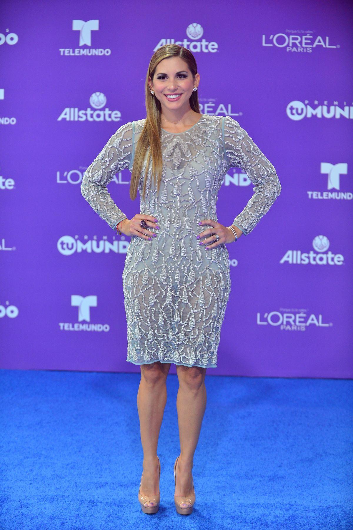 ALEXANDRA OLAVARRIA at Telemundo
