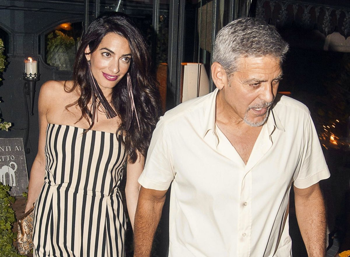 AMAL and GEORGE CLOONEY Out for Dinner in Lake Como 08/05/2017