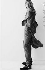 ANNA EWERS for Vogue Magazine, Brasil August 2017