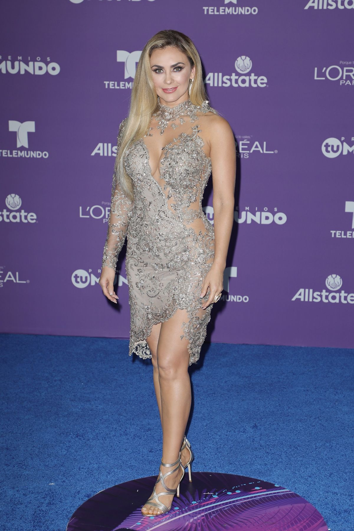 ARACELY ARAMBULA at Telemundo