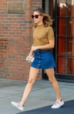 AUBREY PLAZA Leaves Bowery Hotel in New York 08/25/2017