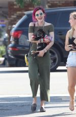 BELLA and DANI THORNE Out for Lunch in Los Angeles 08/06/2017