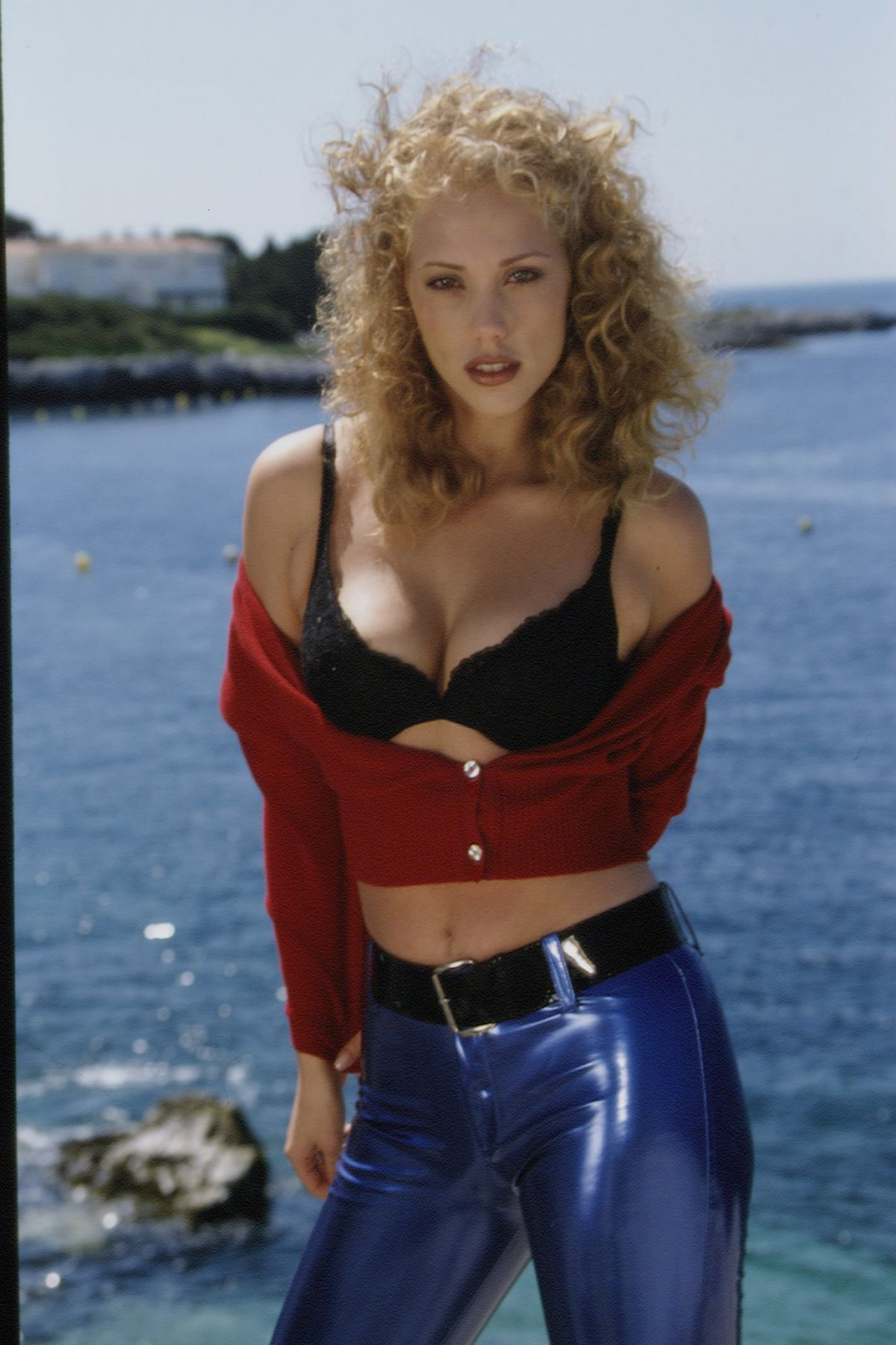 Best from the past elizabeth berkley by eric robert 1995 hawtcelebs best from the past elizabeth berkley by eric robert 1995 voltagebd Image collections